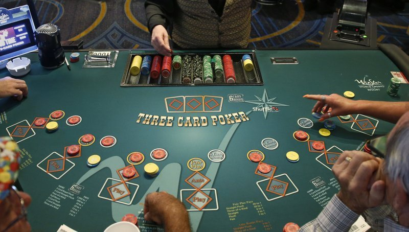 What are the things you need to check while joining in a casino site?