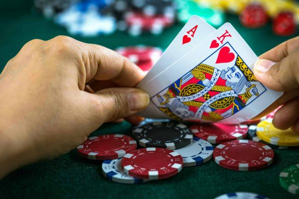 Need a Thriving Enterprise? Deal with Online Gambling